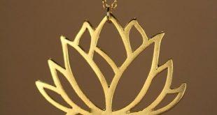 Lotus - gold Lotus Blume Halskette - blühende Blume - Lotus - eine 22 k gold-Overlay Lotusblume auf einem 14k gold Vermeil Kette
