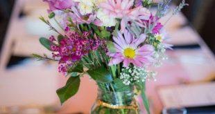 47 Ideen für eine entspannte Wildblumenhochzeit #entspannte #ideen #wildblumen
